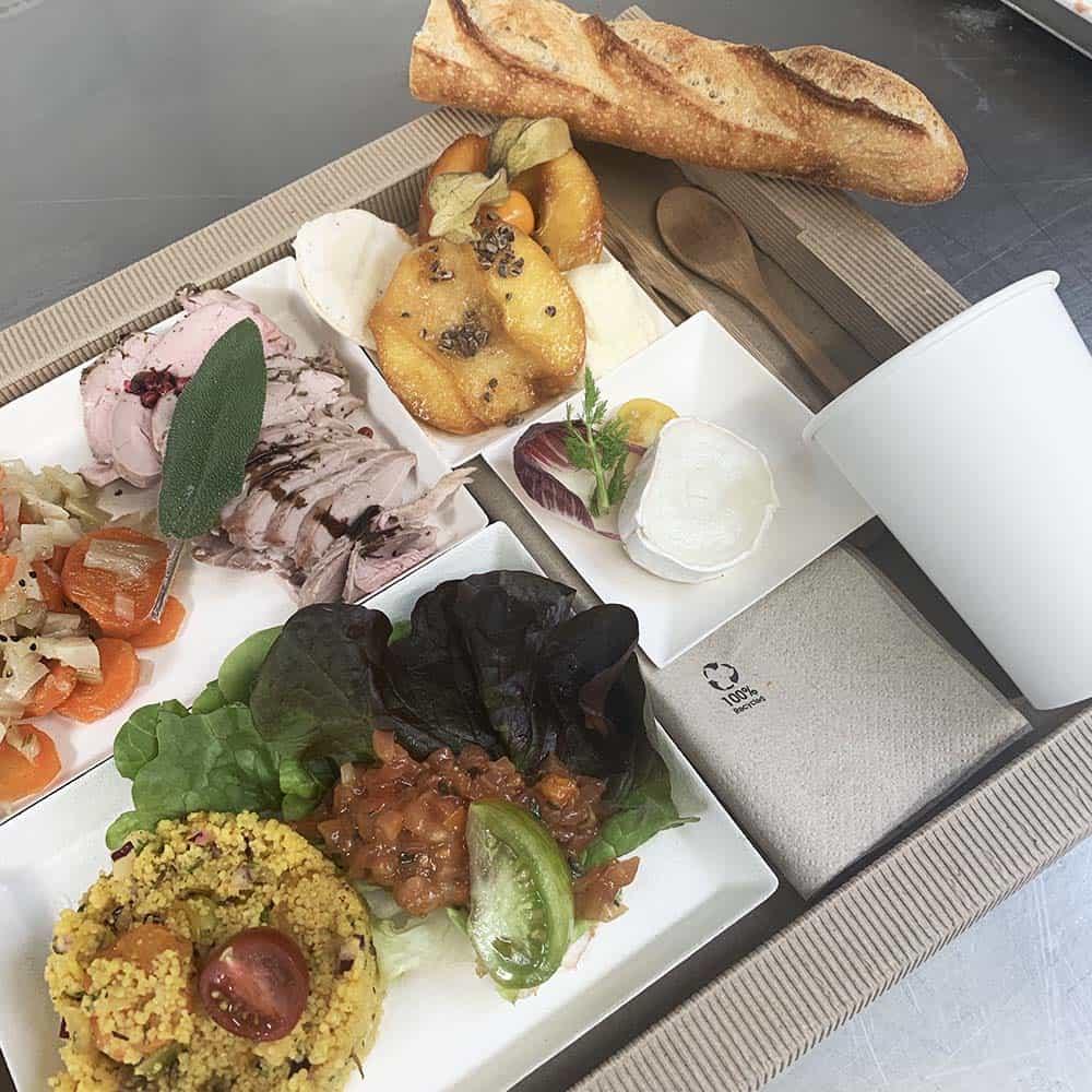Plateau repas pour l'entreprise - Traiteur à Revel - LA POELEE