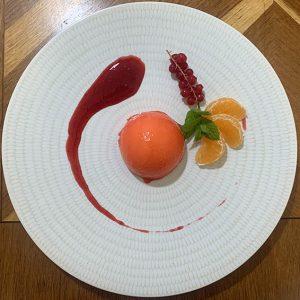 Entremet mangue passion & yuzu